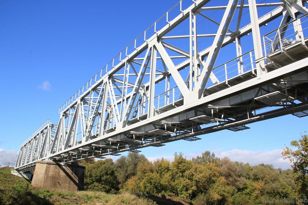 Антикоррозийная защита металлоконструкций железнодорожного моста. Брянская область